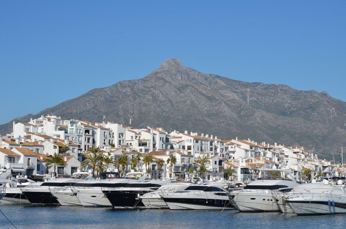 puerto banus, marbella, port